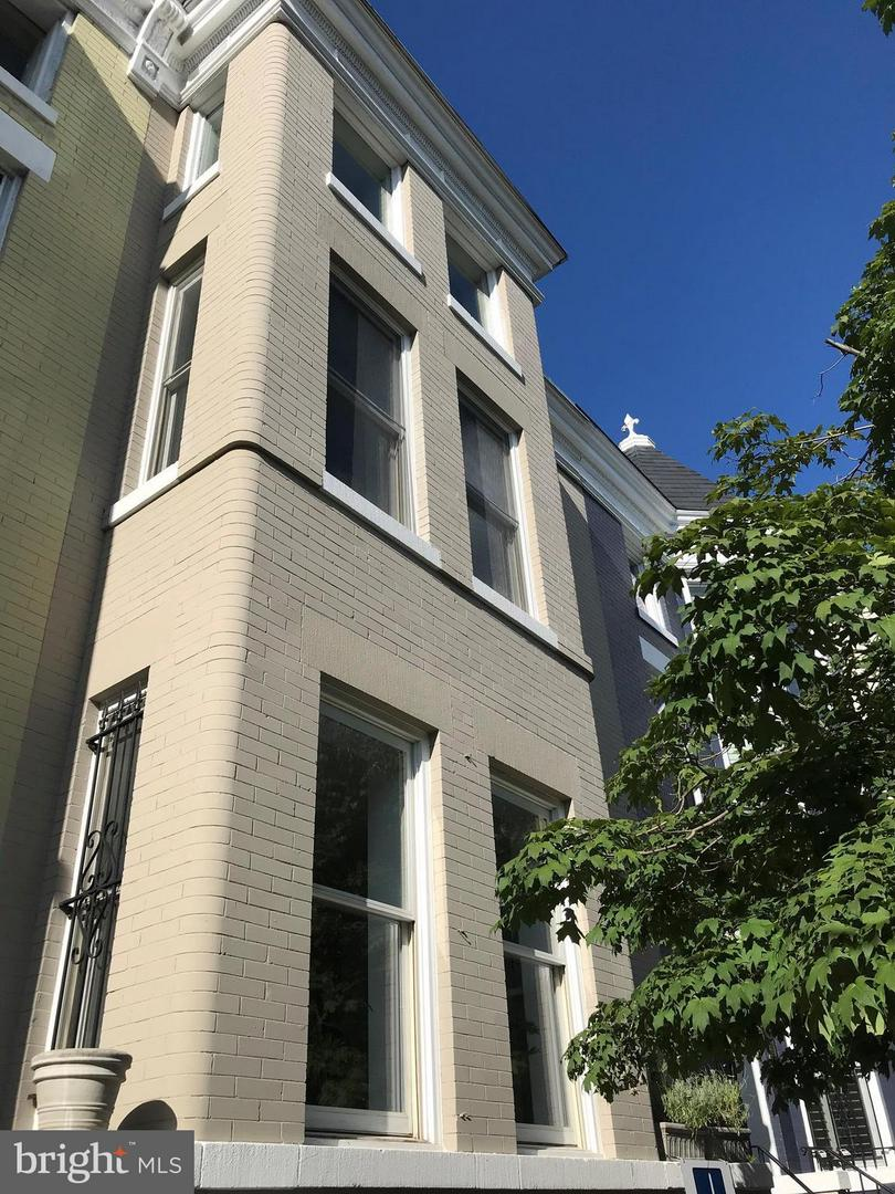 Single Family for Sale at 1747 Willard St NW #2 Washington, District Of Columbia 20009 United States