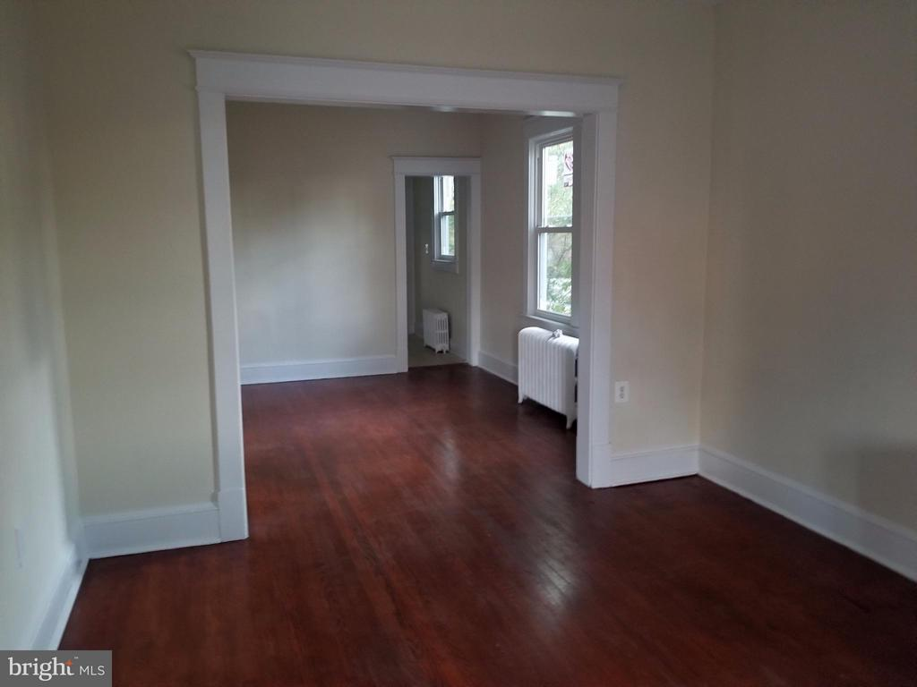 Living Room - 4217 OGLETHORPE ST, HYATTSVILLE
