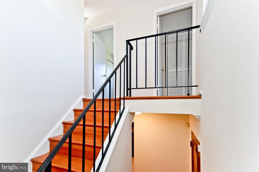 Stairway leading to the bedrooms. - 1231 DELAFIELD PL NE, WASHINGTON