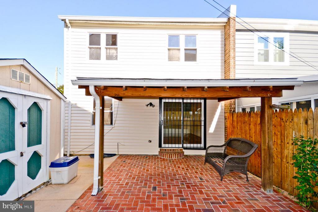 Exterior (Rear) patio - 1231 DELAFIELD PL NE, WASHINGTON