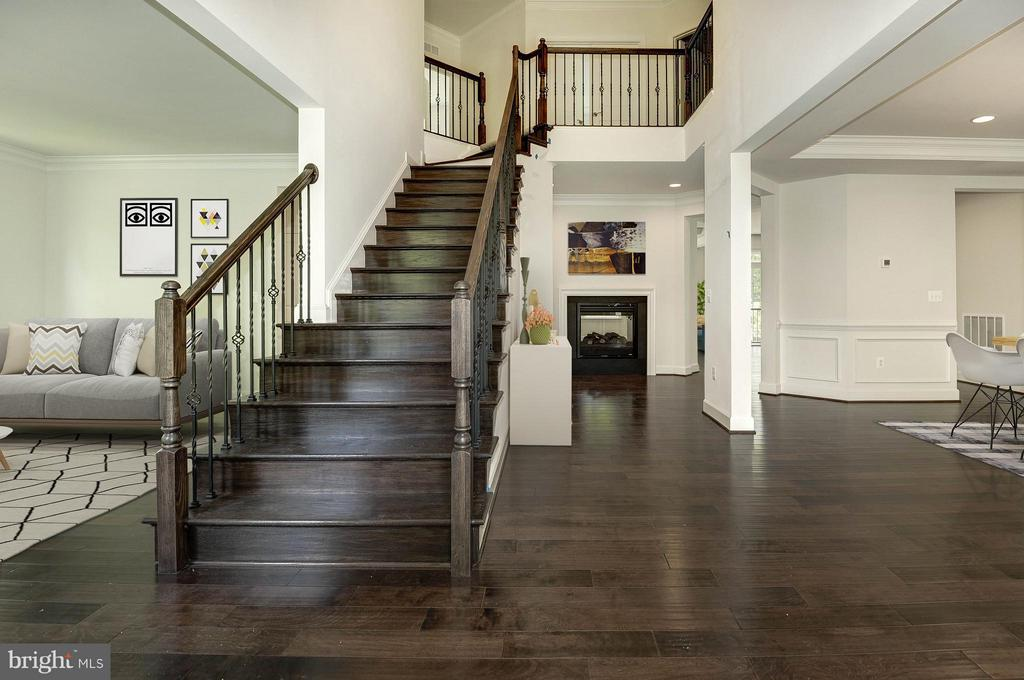 2 story foyer, 2 way fireplace - 4641 HOLLY AVE, FAIRFAX