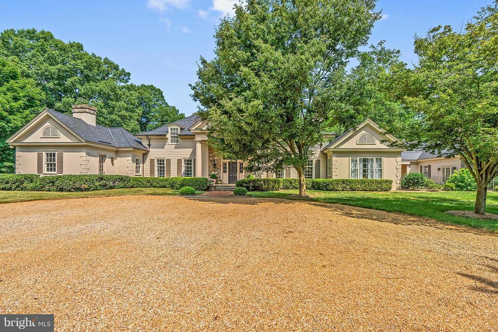 8295  LEES RIDGE ROAD, Warrenton, Virginia