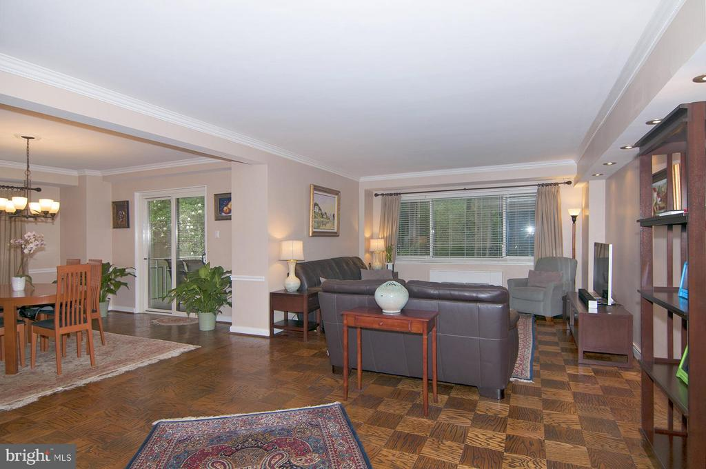 Overall from Foyer - 4201 CATHEDRAL AVE NW #301W, WASHINGTON