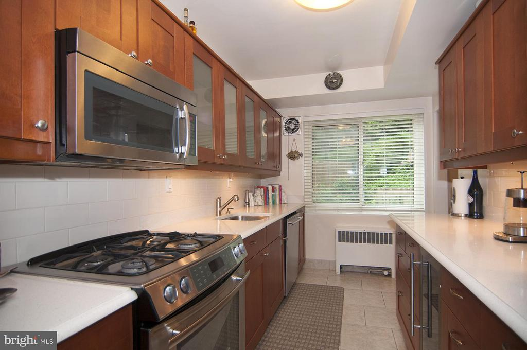 Kitchen - 4201 CATHEDRAL AVE NW #301W, WASHINGTON