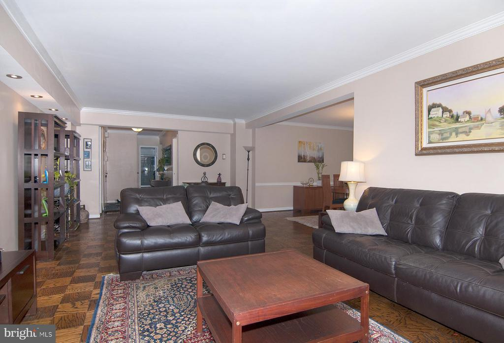 Living Room - 4201 CATHEDRAL AVE NW #301W, WASHINGTON
