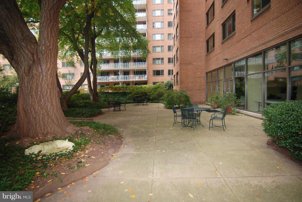 Patio off Party Room - 4201 CATHEDRAL AVE NW #301W, WASHINGTON