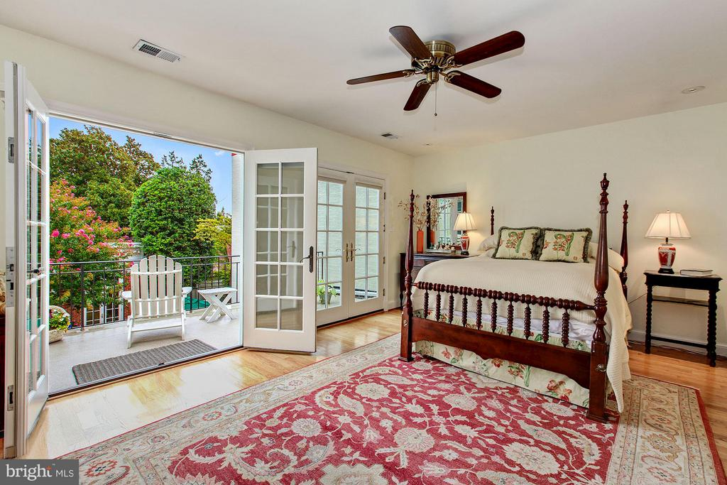 Master Bedroom with Terrace overlooking the Garden - 1613 35TH ST NW, WASHINGTON