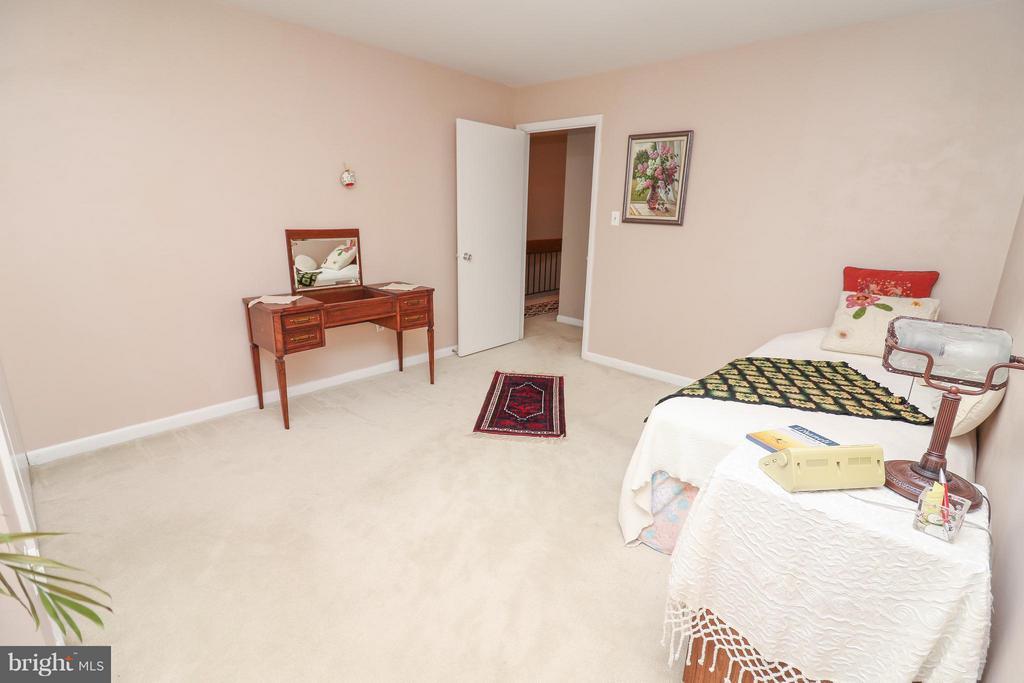 Bedroom 2 - 2021 WETHERSFIELD CT, RESTON