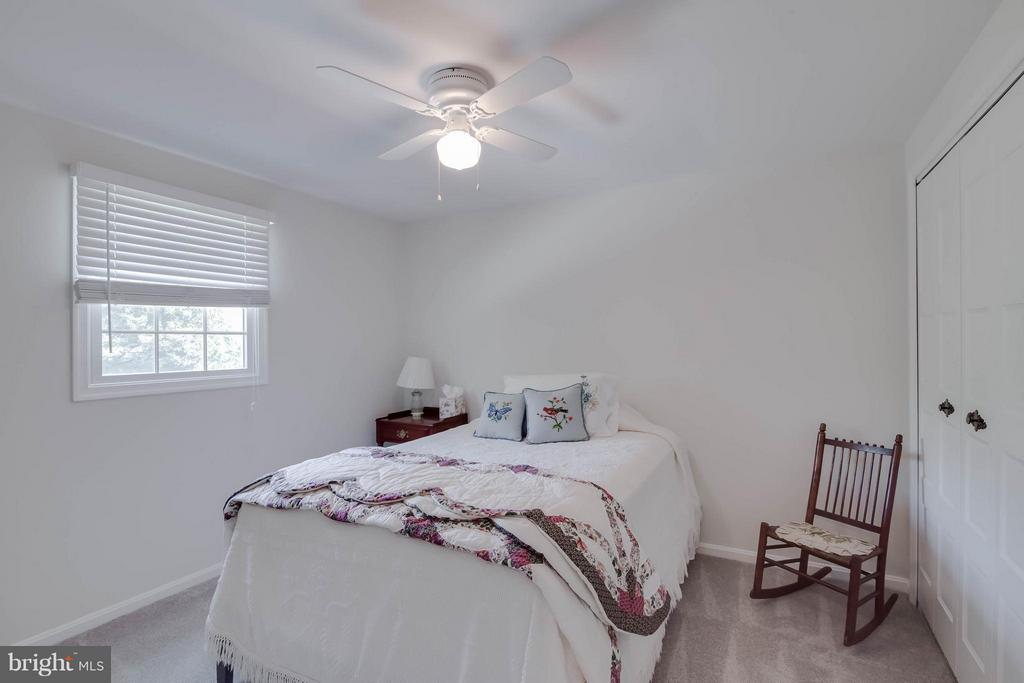 Second Bedroom - 304 COUNTRY CLUB DR SW, LEESBURG