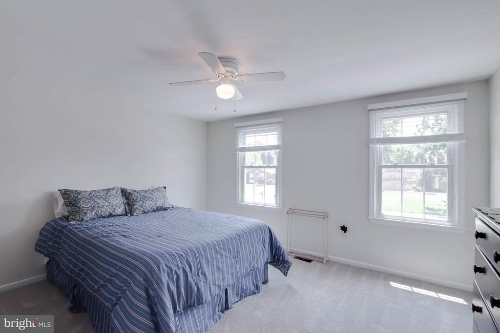 Third Bedroom - 304 COUNTRY CLUB DR SW, LEESBURG