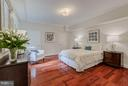 Large, light-filled bedroom - 2101 CONNECTICUT AVE NW #A, WASHINGTON