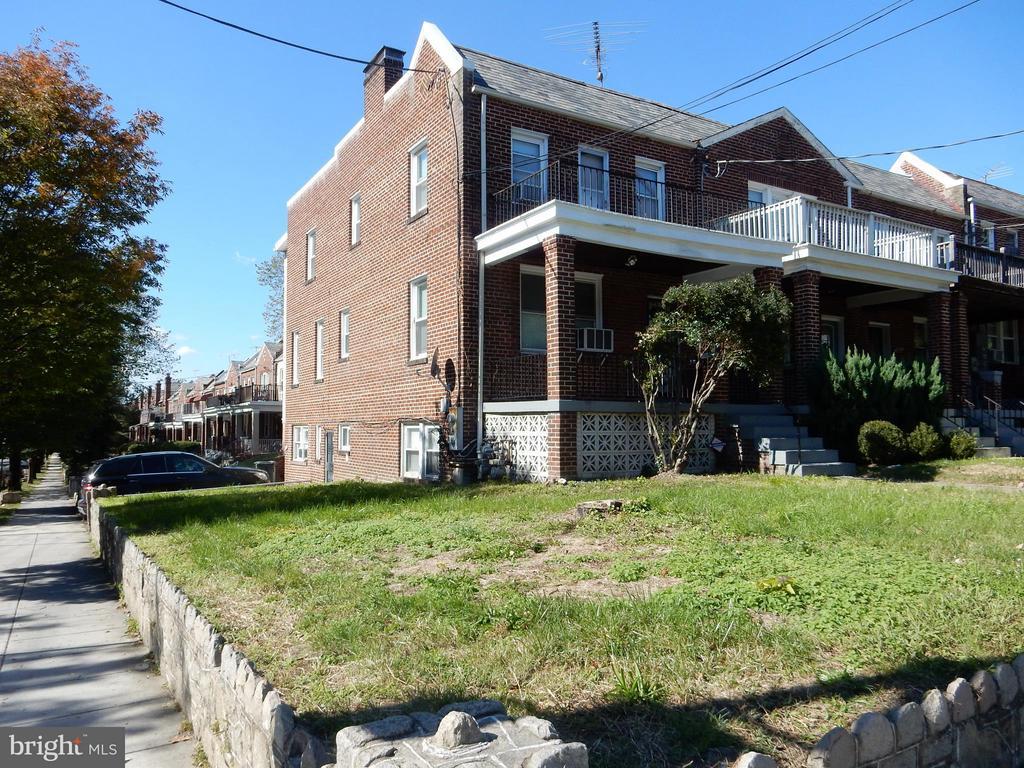 Exterior (Front) - 5100 CAPITOL ST NW, WASHINGTON