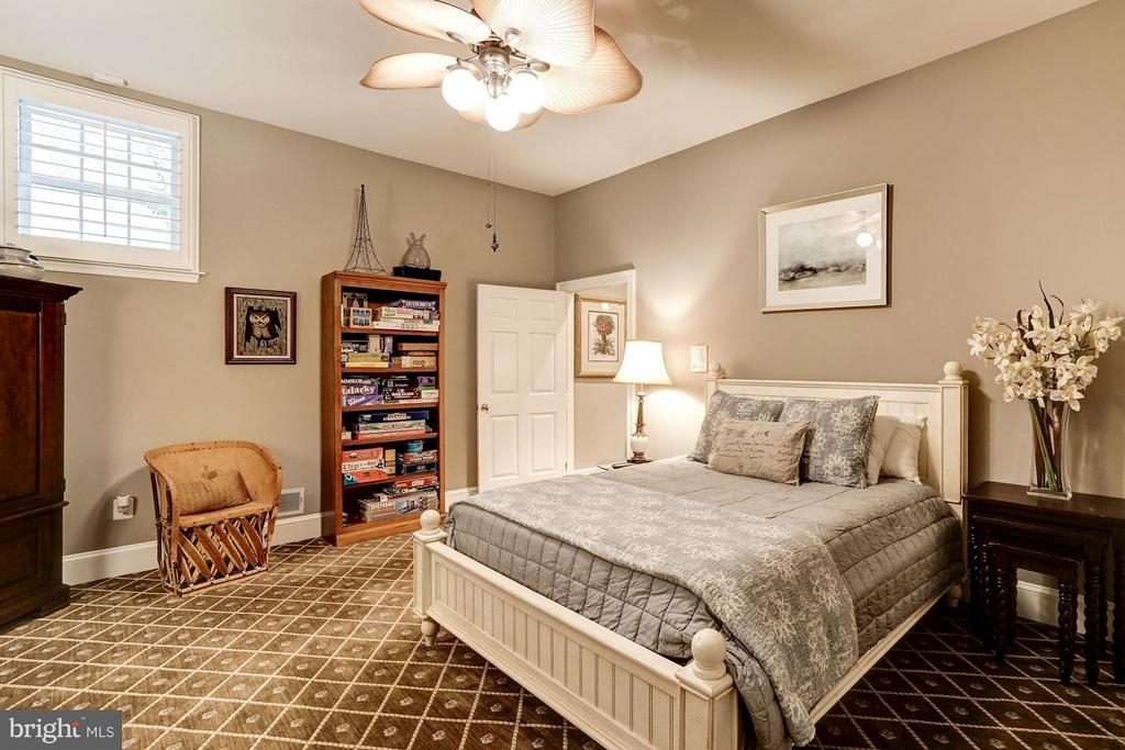 Bedroom #6 - 9081 EATON PARK RD, GREAT FALLS