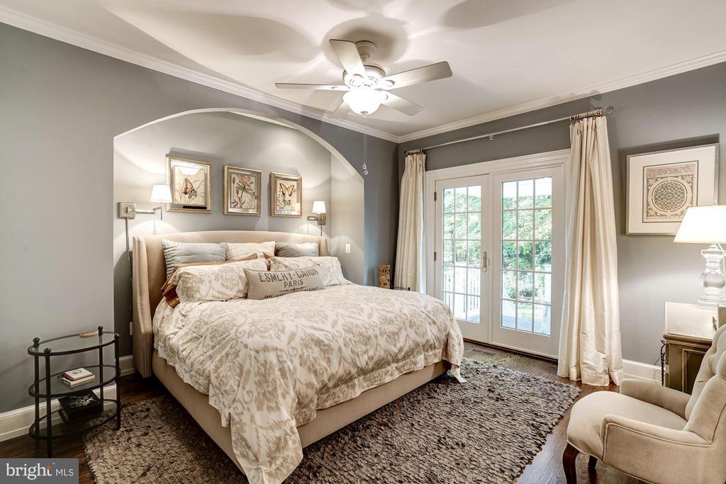Main Level Bedroom - 9081 EATON PARK RD, GREAT FALLS