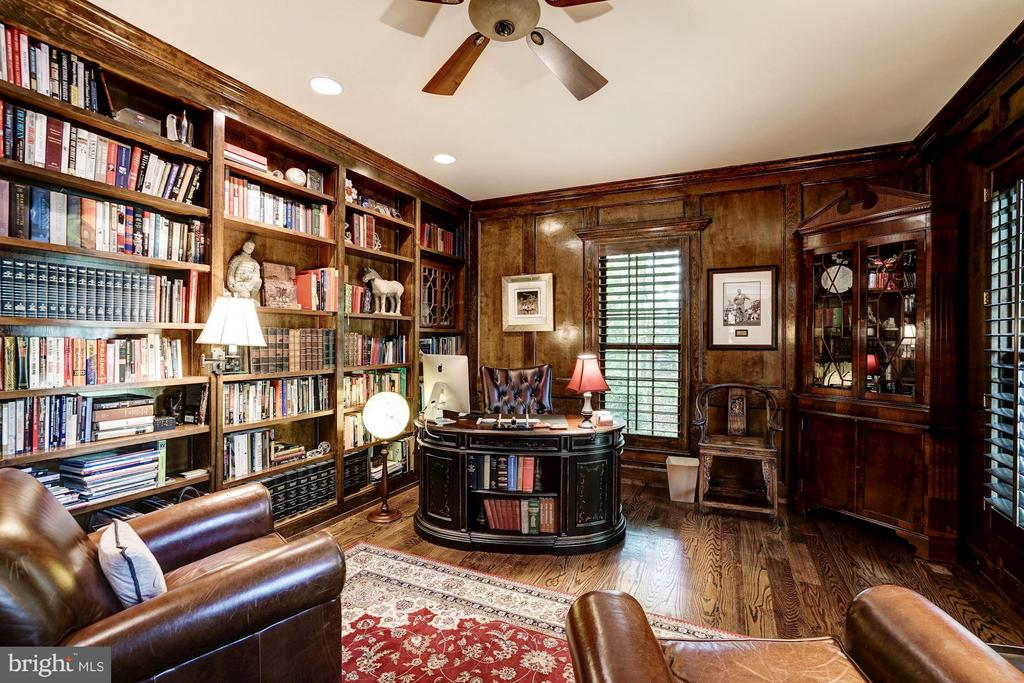 Library/ Office - 9081 EATON PARK RD, GREAT FALLS