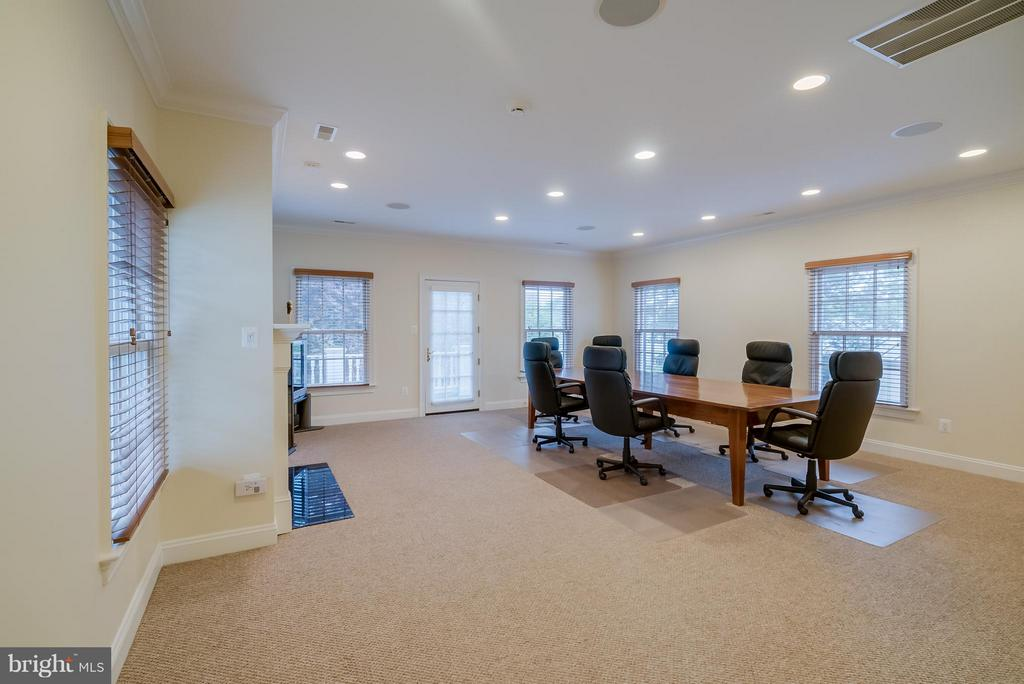 Interior (General) - 206 WIRT ST NW, LEESBURG