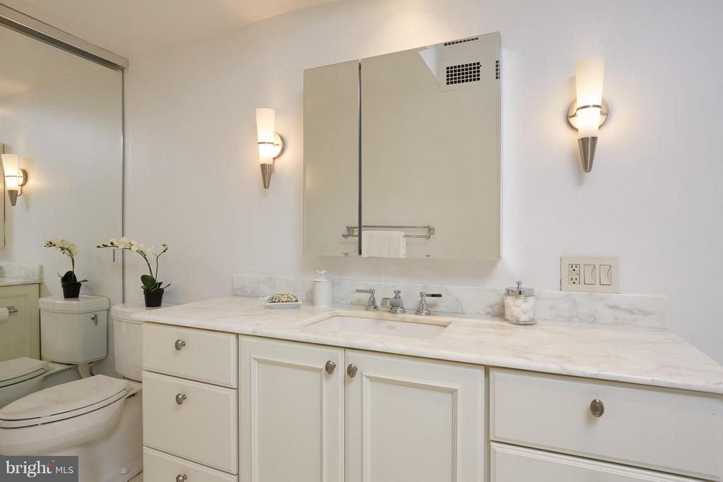 Bath (Master) - 2475 VIRGINIA AVE NW #602-603, WASHINGTON