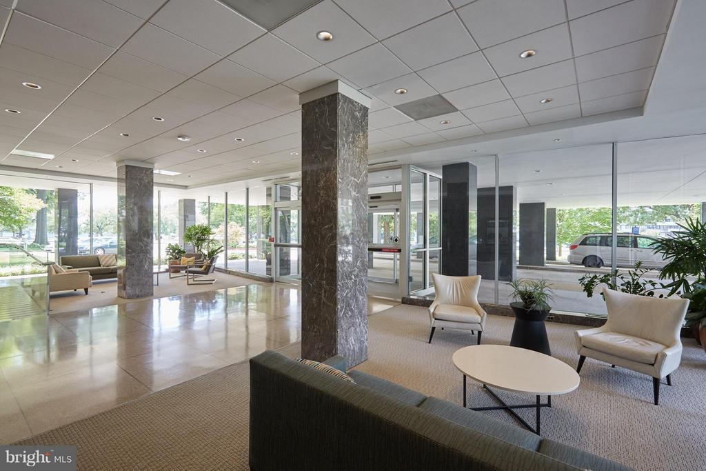 Main Lobby - 2475 VIRGINIA AVE NW #602-603, WASHINGTON