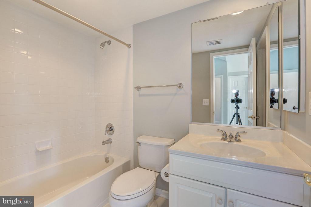 BATHROOM #3 - 1727 22ND CT N, ARLINGTON
