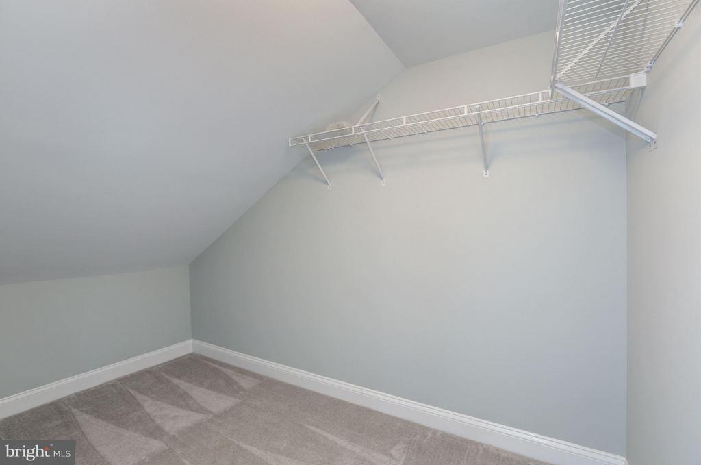 BEDROOM #3 WALK-IN CLOSET - 1727 22ND CT N, ARLINGTON