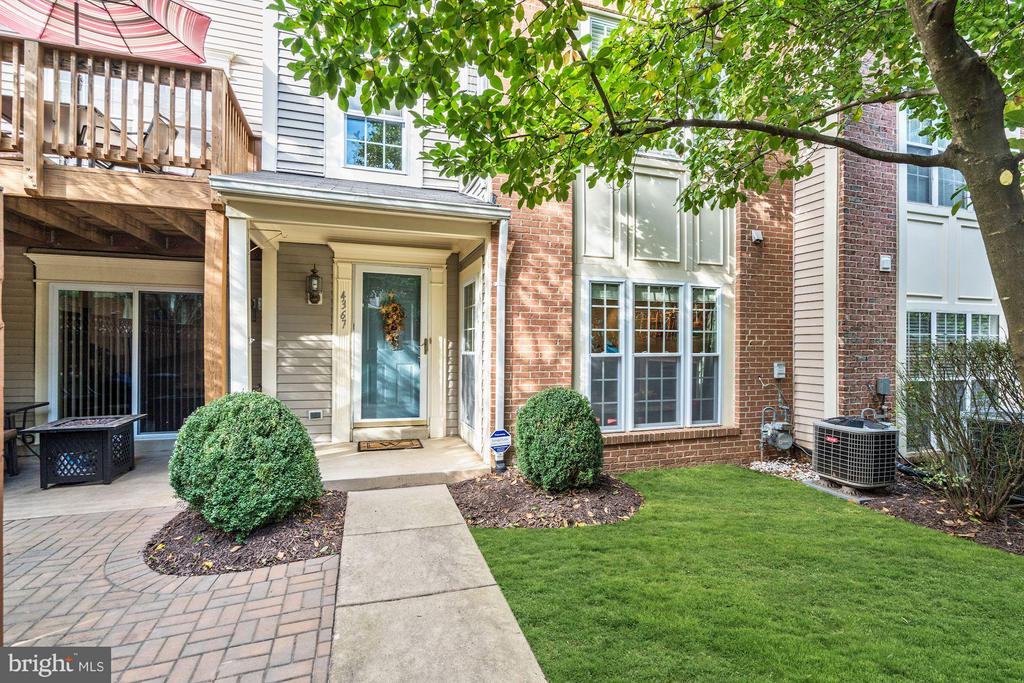 4367  HACKNEY COACH LANE  162 22030 - One of Fairfax Homes for Sale