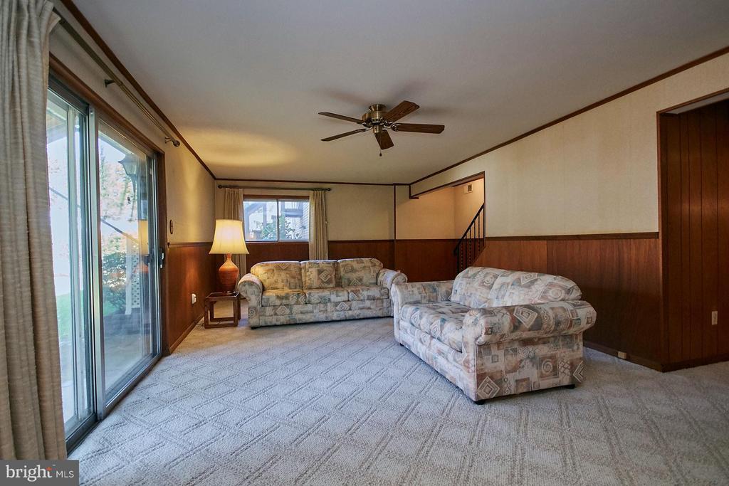 Family Room - 7727 ARLEN ST, ANNANDALE