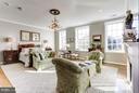 Luxury 2nd level Master Suite - 2121 S ST NW, WASHINGTON