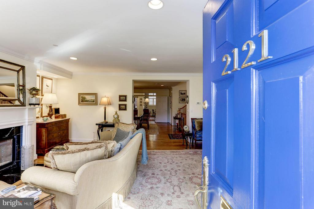 Welcome to 2121 S Street NW! - 2121 S ST NW, WASHINGTON
