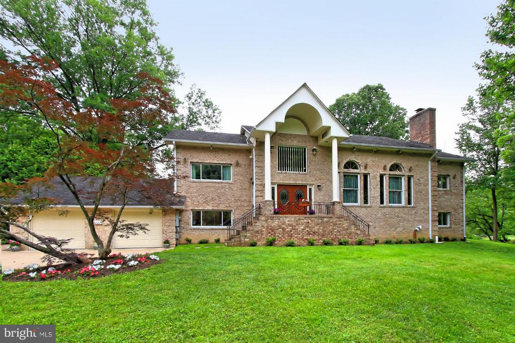 6519  DEARBORN DRIVE, Falls Church, Virginia