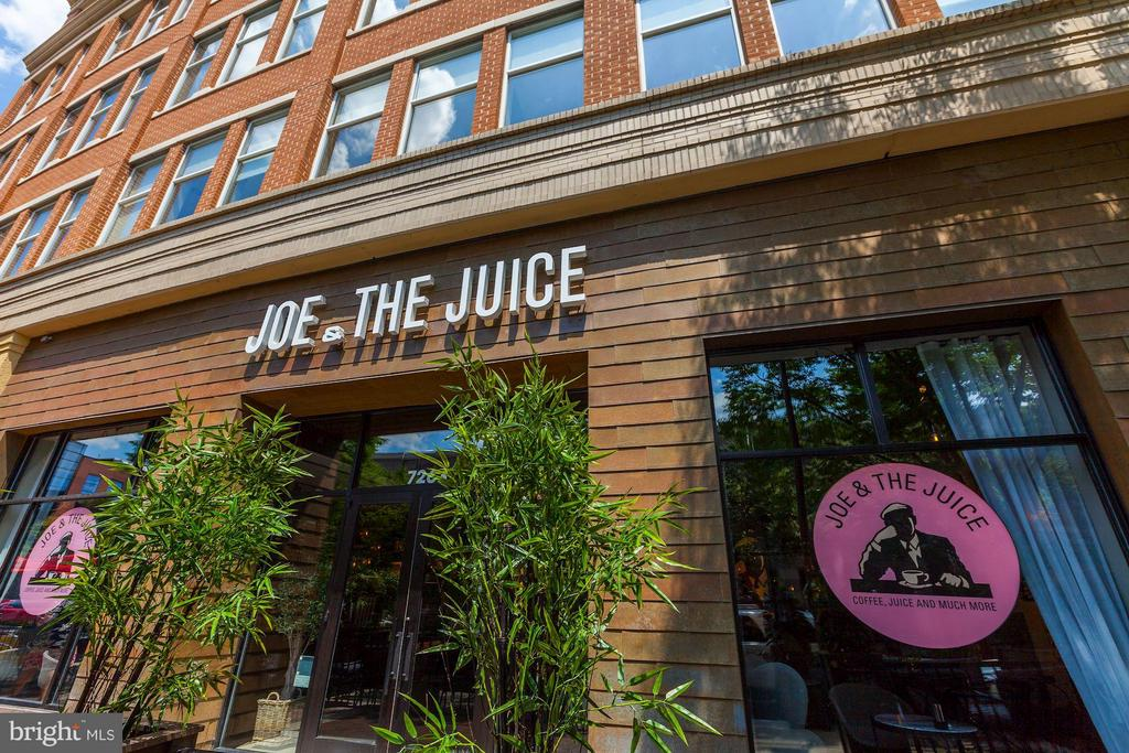 Juice and Coffee Bar down the block - 7171 WOODMONT AVE #506, BETHESDA