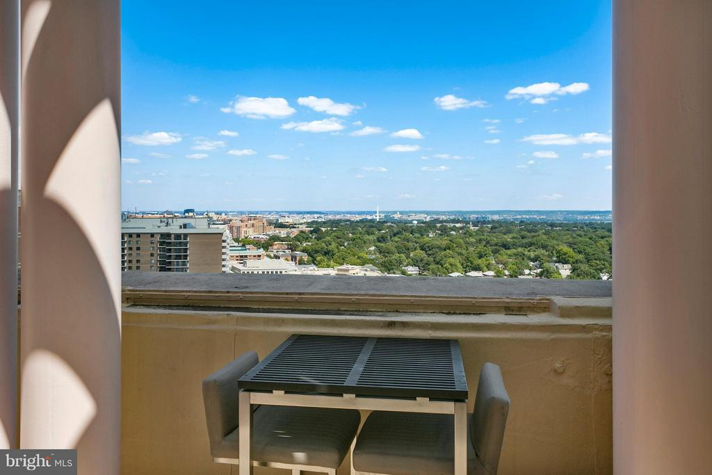 View - 888 QUINCY ST N #203, ARLINGTON