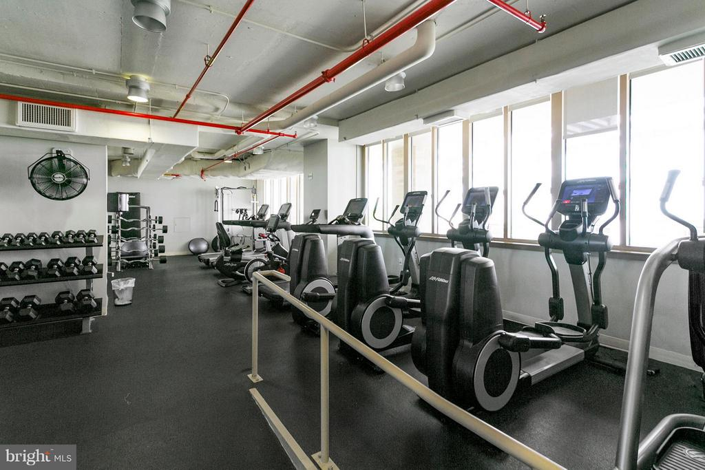 Fitness room - 888 QUINCY ST N #203, ARLINGTON