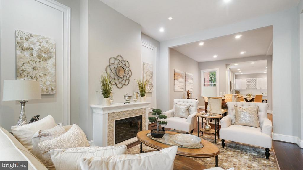 Living Room - 820 7TH ST NE, WASHINGTON