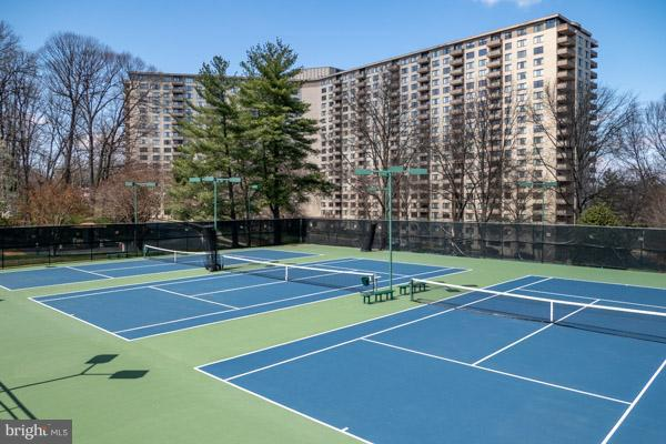 Tennis courts detail - 5225 POOKS HILL RD #714S, BETHESDA