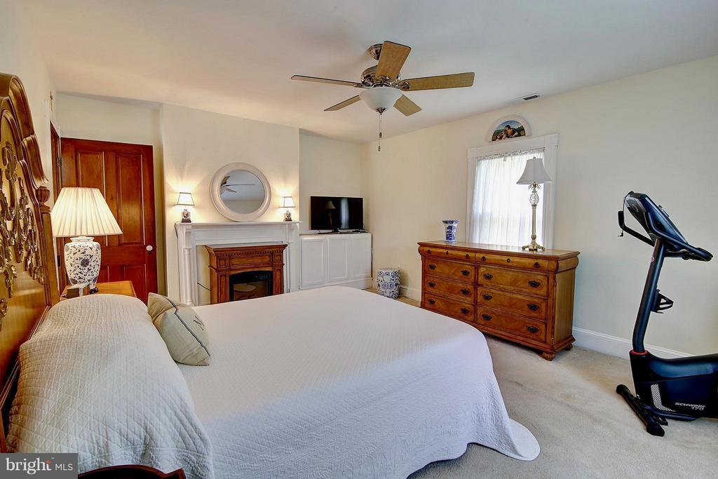 Bedroom (Master) - 43782 JENKINS LN, ASHBURN