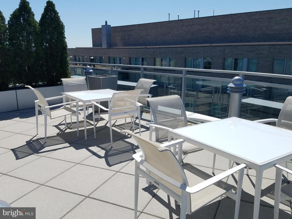 Roof entertainment - 1177 22ND ST NW #3F, WASHINGTON