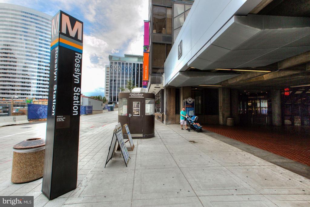Walk To Rosslyn Metro Station - 1881 NASH ST N #1605, ARLINGTON