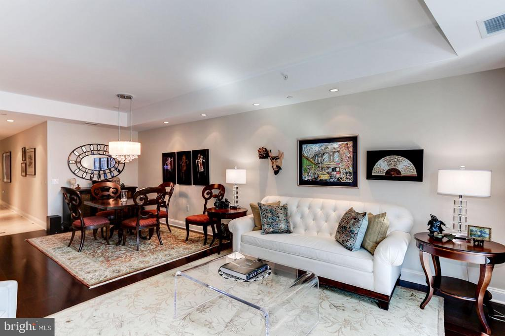 Comfortable Luxury - 1881 NASH ST N #1605, ARLINGTON