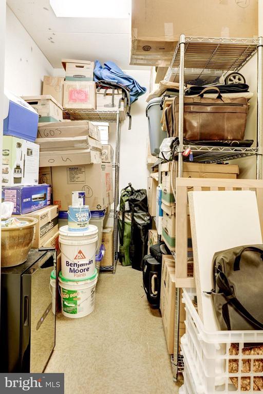 Private, Personal Storage on P6 - 1881 NASH ST N #1605, ARLINGTON
