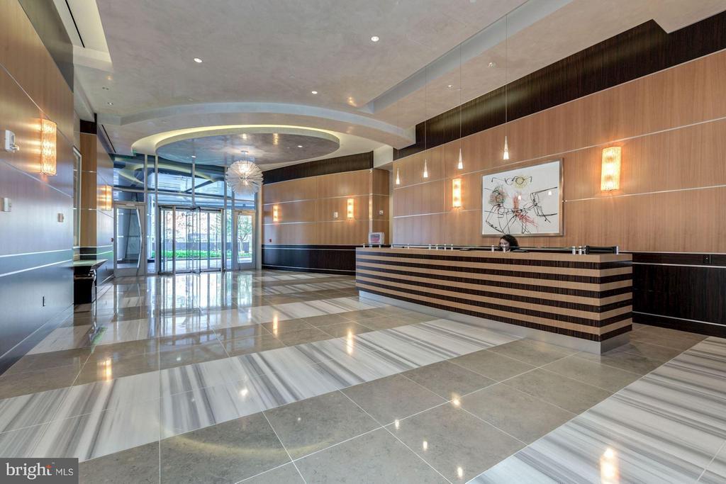 24 Hour Concierge - 1881 NASH ST N #1605, ARLINGTON