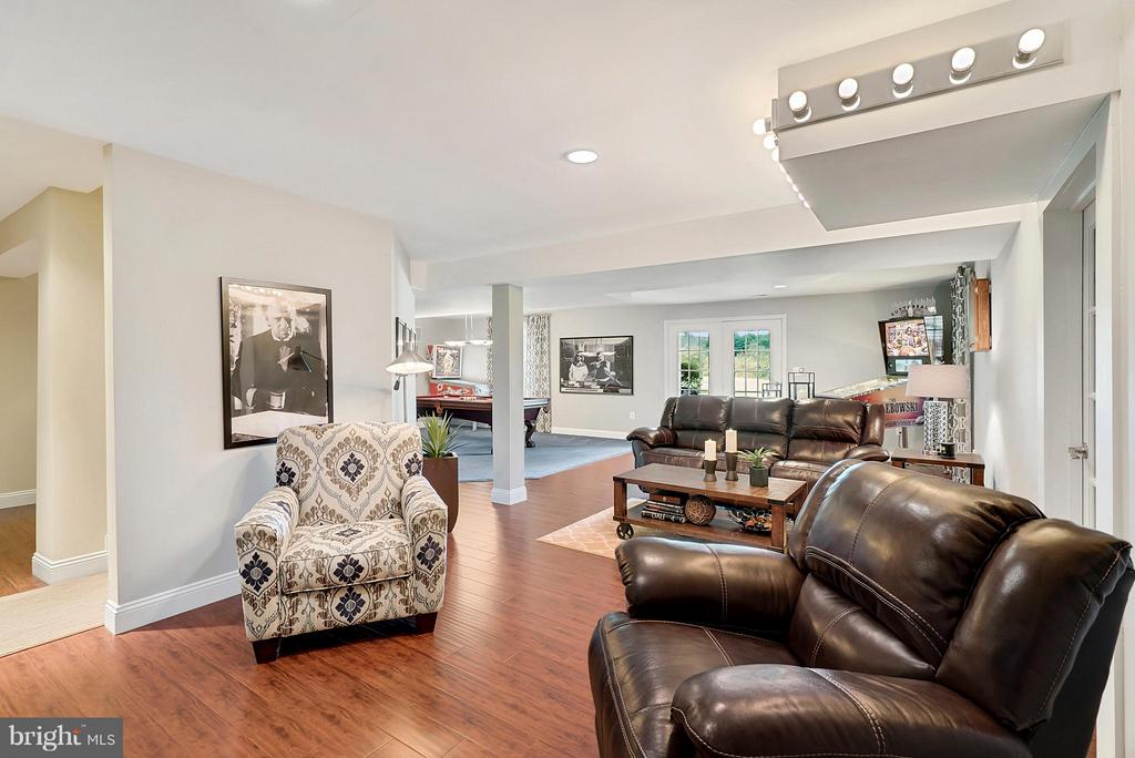 Living Room - 35290 PRESTWICK CT, ROUND HILL