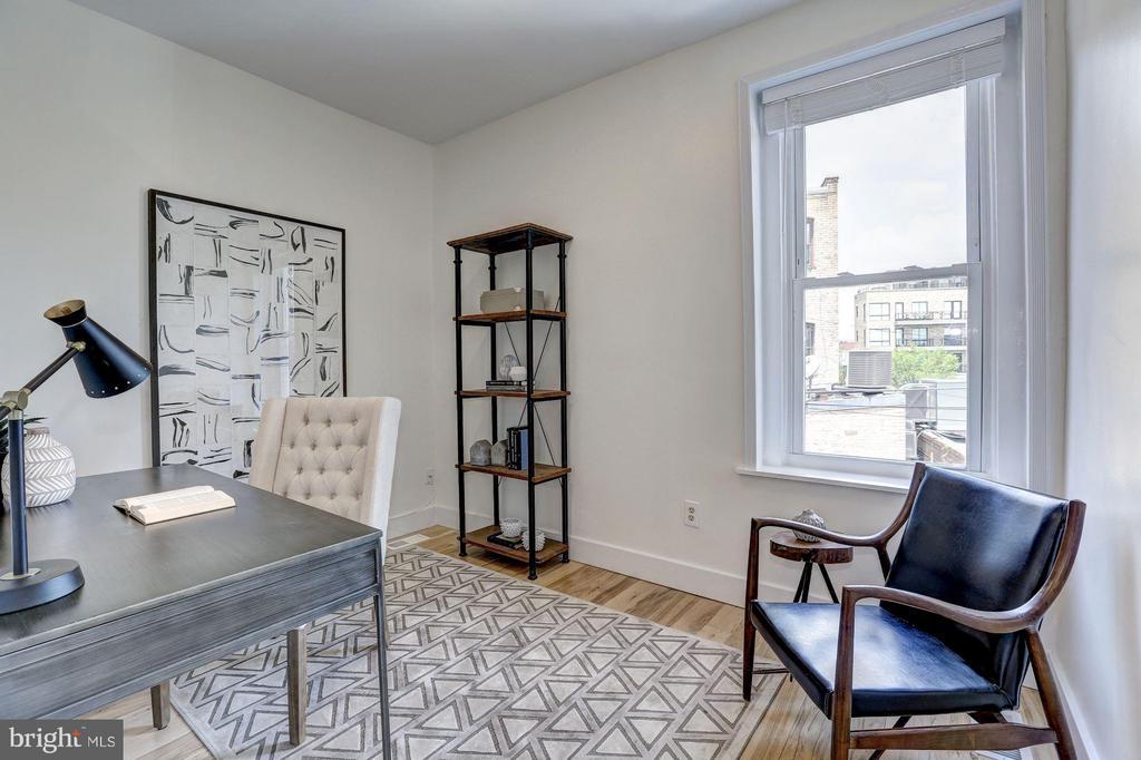 Bedroom - 1107 P ST NW, WASHINGTON