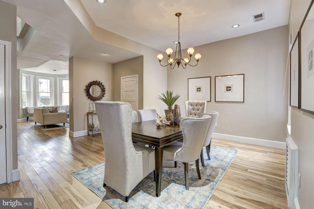 Dining room with a beautiful chandalier - 1107 P ST NW, WASHINGTON