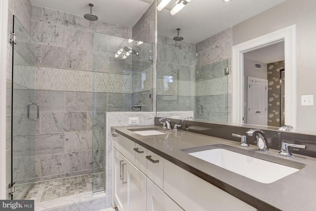 Bath (Master) - 1801 16TH ST NW #112, WASHINGTON