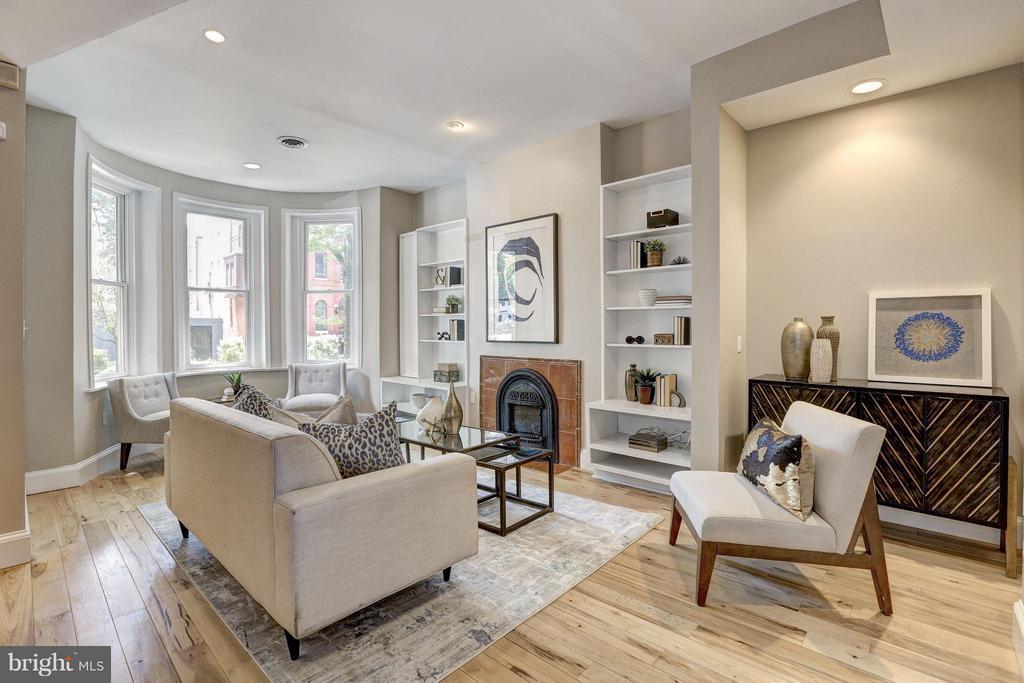 Living Room - 1107 P ST NW, WASHINGTON