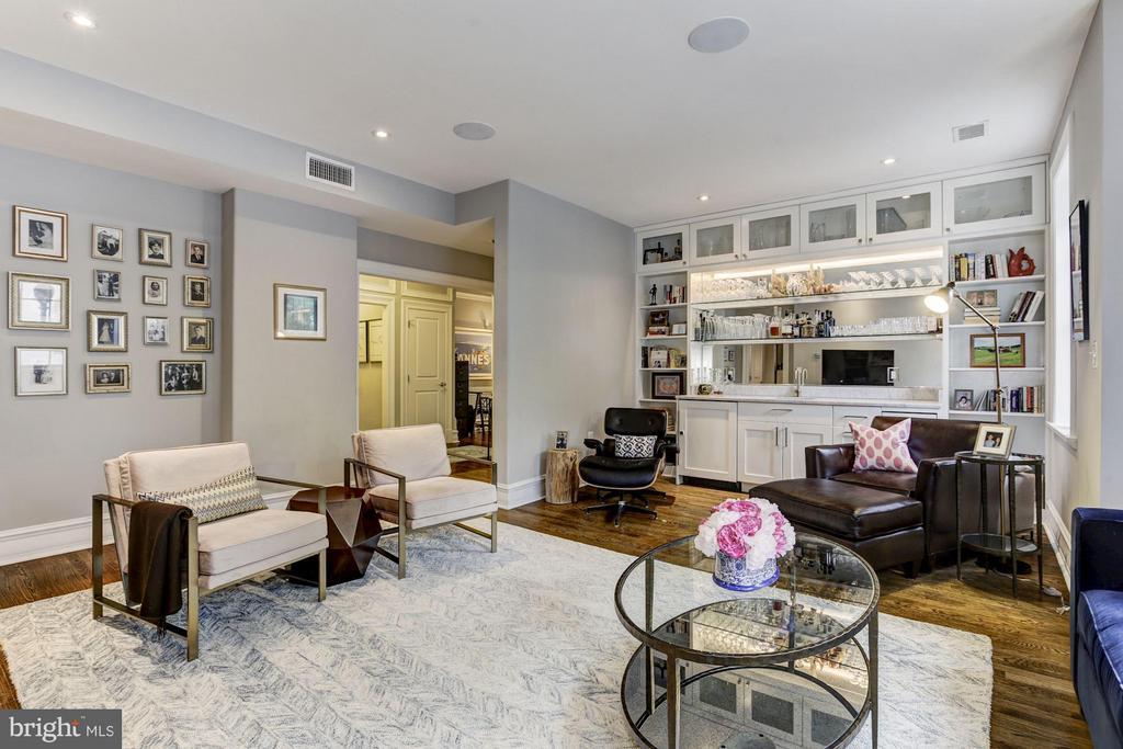 Living Room - 1801 16TH ST NW #112, WASHINGTON