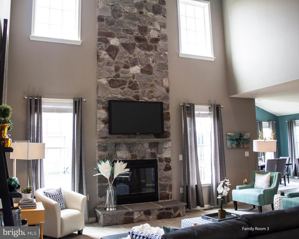Family Room - 0 STRATHMORE WAY #CASTLEROCK PLAN, MARTINSBURG