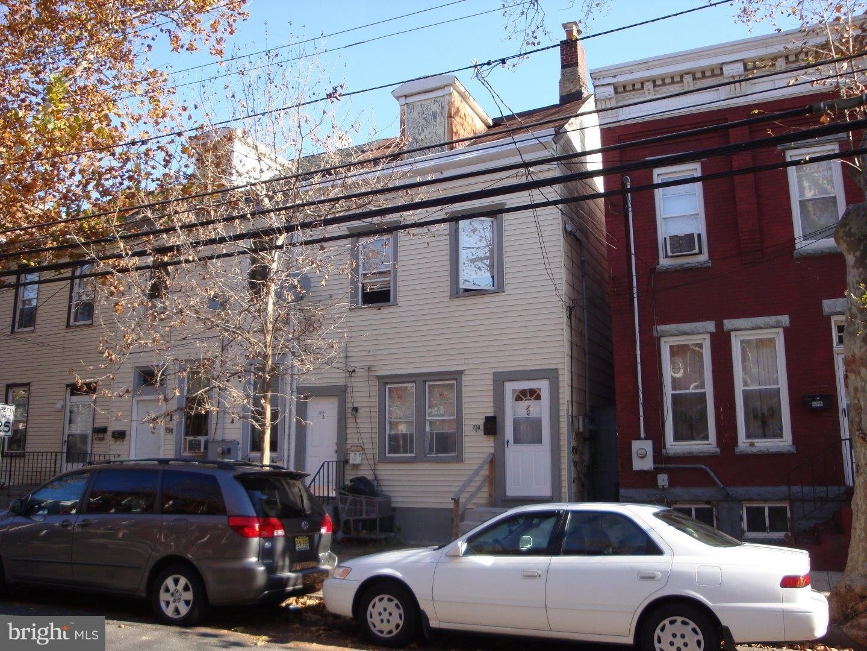 758 CENTRE Street  Trenton City, Nueva Jersey 08611 Estados Unidos