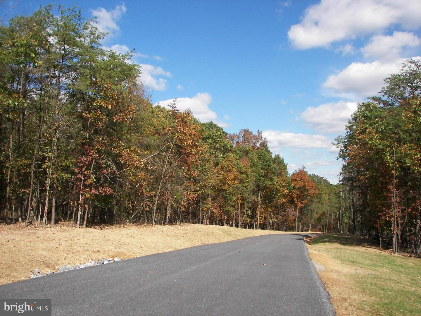 Land for Sale at Key Pine Ln Berkeley Springs, West Virginia 25411 United States