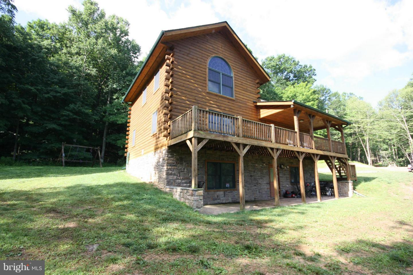 Additional photo for property listing at 1261 Sauerkraut Wardensville, West Virginia 26851 United States